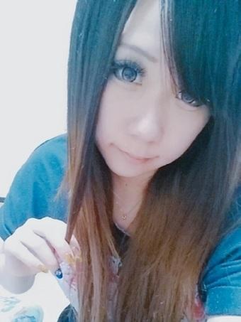 エレナのプロフィール画像2